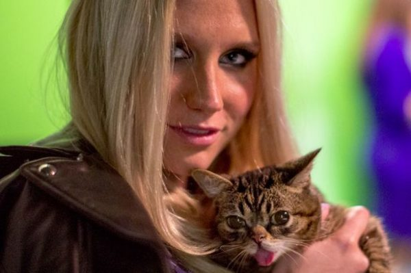 Kesha with cat
