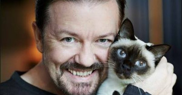 Ricky Gervais with cat